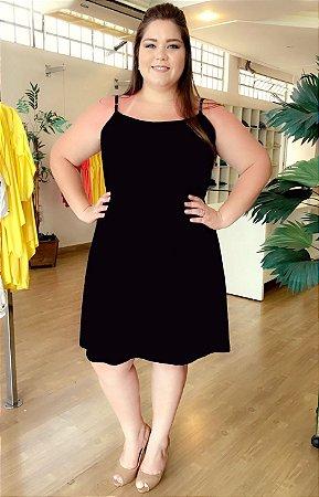 Vestido Gloss Black Plus Size com Forro