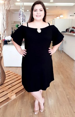Vestido La Black Plus Size
