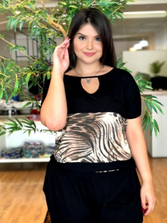 Blusa Megs Animal Print Plus Size