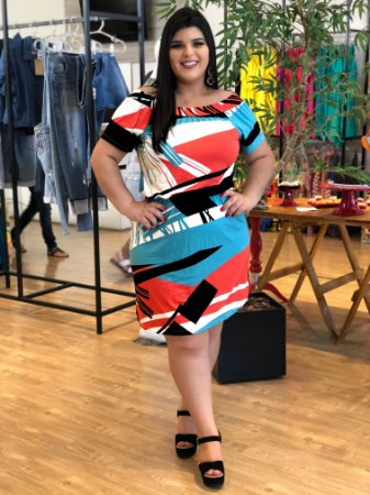 Vestido Geométrico Plus Size