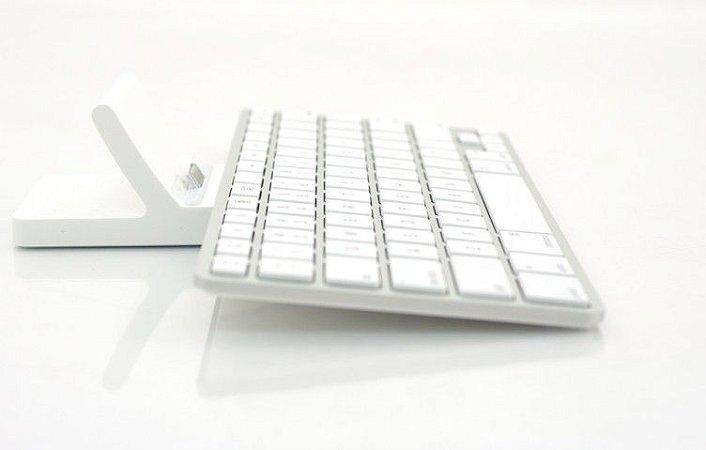 Teclado Original com Dock para iPad com Entrada 30 Pinos - Seminovo
