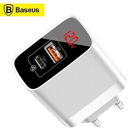 Tomada de Carga Rápida com  Visor Digital - Mirror Lake - 18W  - USB e Type C - Baseus
