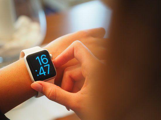 Apple Watch Series 5 - 40mm - GPS  - Seminovo - Alumínio Sport Band