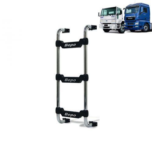 Escada traseira para caminhão Ford Cargo até 2010 e caminhão MAN TGX até 2016 Curta