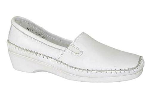 Sapato Branco Feminino Confortável em Pele de Carneiro