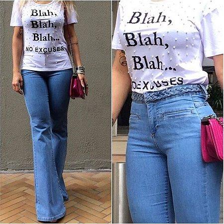 a9ecf096d Calça jeans Maxi Flare Feminina - Loja Bastiana - Roupas e Acessórios