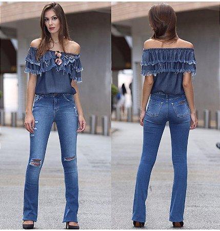 02bd820e3 Calça flare jeans Feminina - Loja Bastiana - Roupas e Acessórios