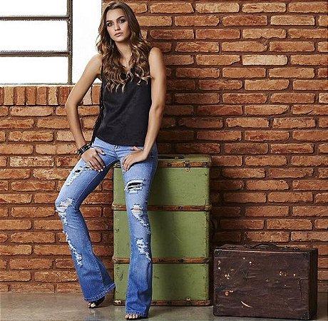 Calça jeans Flare Destroyed