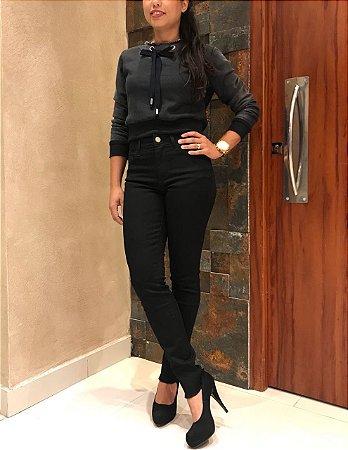 Calça jeans Feminina Skinny Preta