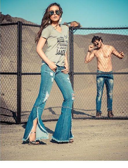 Calça Jeans Flare Feminina Cintura Alta