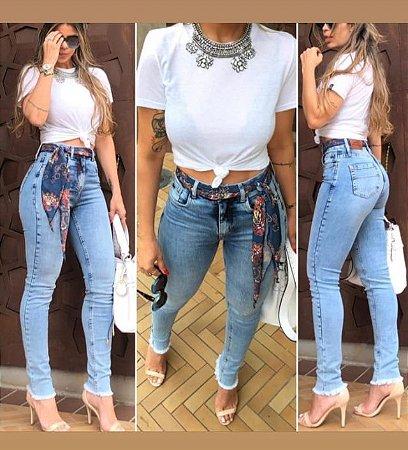 Calça Jeans Skinny com Lenço