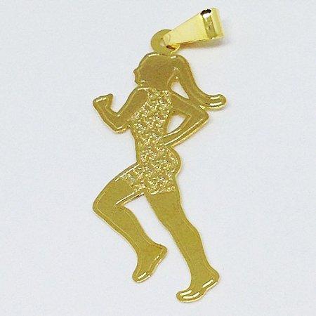 Corrente Com Pingente Corredora Folhado a Ouro D3