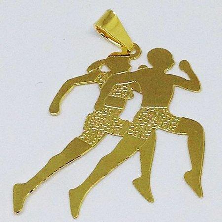 Corrente com Pingente Casal de Corredores Folheado a Ouro