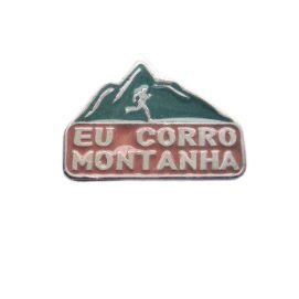 Pin Button EU CORRO MONTANHA Metal  Resinado( 2 cm x 2,8 cm )