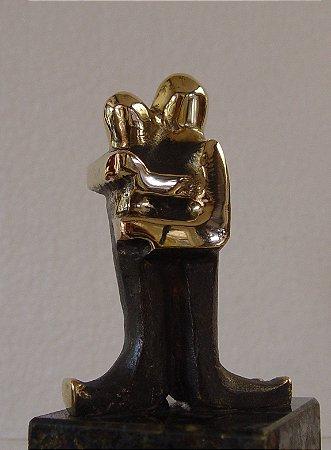 ¨União¨- escultura de bronze - 11 cm ($330,00) - 30 cm (R$2.500,00)