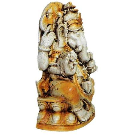Ganesha Sentado Metade