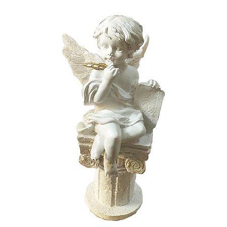 Anjo Branco Sentado
