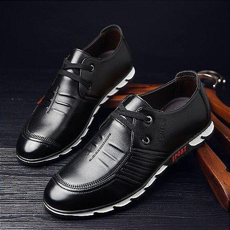 Sapato Mocassim em Couro Fashion Men 24H com Cadarço.