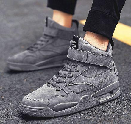 Tênis Cano Alto Sneaker Mid Max Jordan