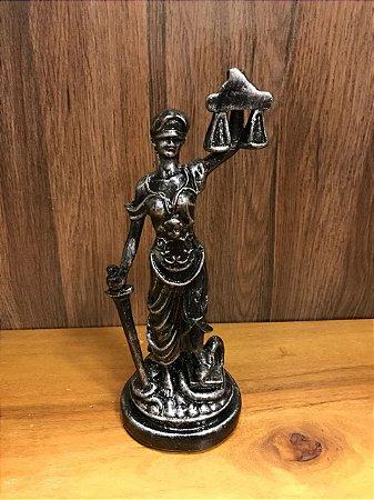 Dama da Justiça gesso prata