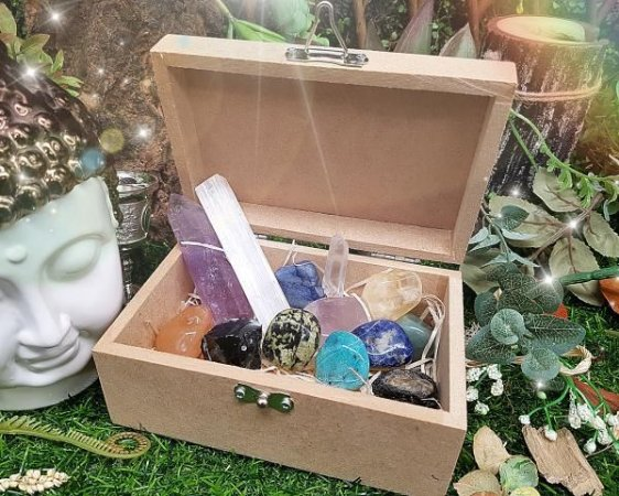 Caixa 13 Pedras - Terapeuta Holístico
