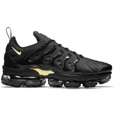 Tênis Nike Air Vapormax Plus - Preto e Dourado