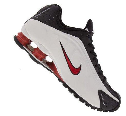Tênis Nike Shox R4 - Preto/Branco e Vermelho