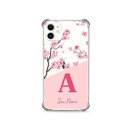 Capinha Cerejeiras com Inicial e Nome para iPhone