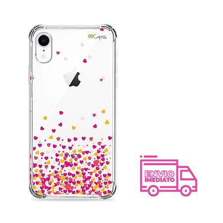 Capa para iPhone XR - Corações Rosa