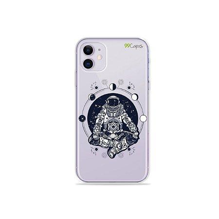 Capa para iPhone 11 - Astronauta