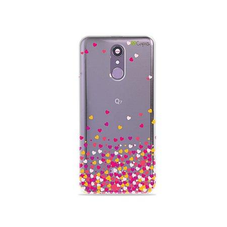 Capinha (transparente) para LG Q7 - Corações Rosa