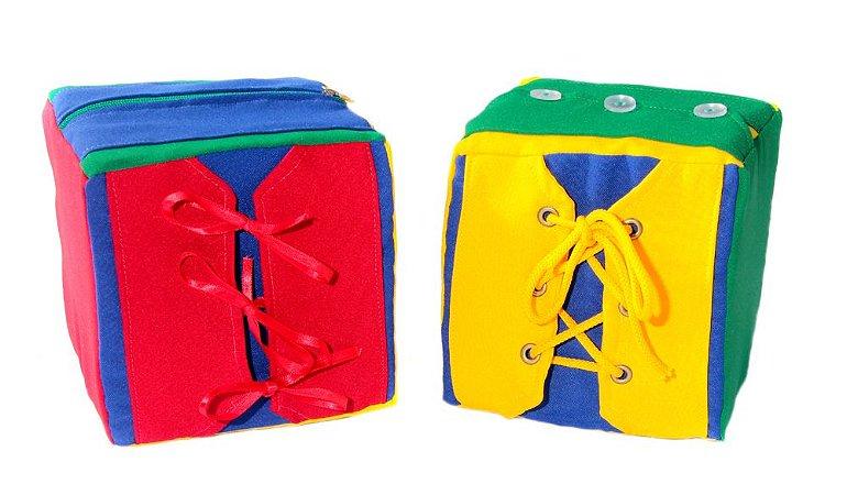 Brinquedo Educativo Cubos De Atividades Duplo Com 08 Atividades 16x16x16cm - FUNDAMENTAL