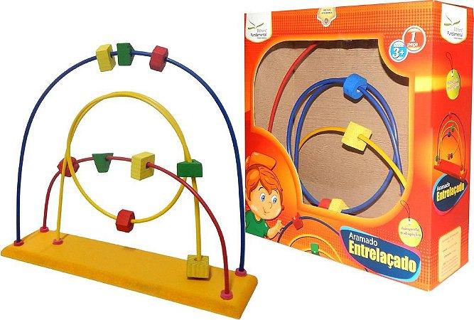 Brinquedo Educativo Aramado Entrelaçado Tam. 30x40x10cm - FUNDAMENTAL