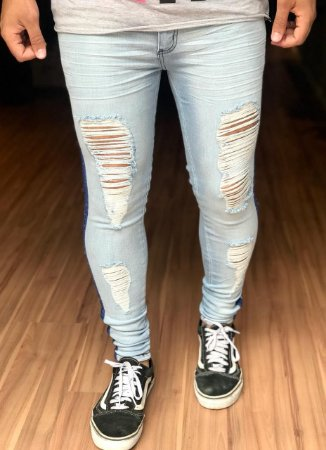 d77f95b10 Calça Jeans Skinny Destroyed Clean com Faixa Lateral - Creed Jeans ...