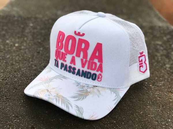 Boné Trucker Floral Branco Rosa - Bora - Imperium Store - Shopping ... 0dcfd477102