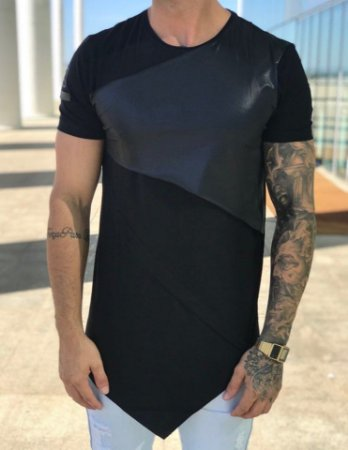 Camiseta Longline Recorte Bico Black - King Joy
