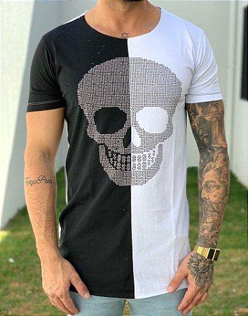 Camiseta Longline Caveira Strass Meio a Meio - John Jones