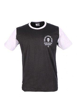 Camiseta Chronic Caveira Serpente
