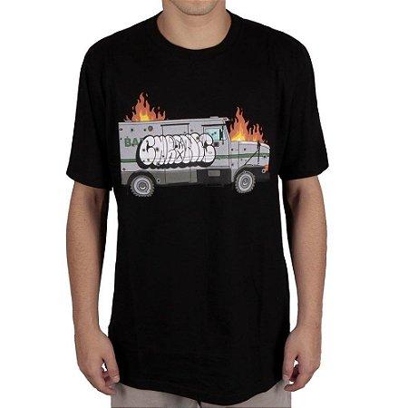 Camiseta Chronic Fogo no Caminhão