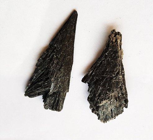 Cianita Negra (vassoura de bruxa)