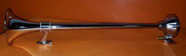 Buzina Marítima CHARADA em Alumínio Cromada 74cm + Suportes de Fixação em Inox SCANIA 113 com e sem Rack ou Defletor (Par)