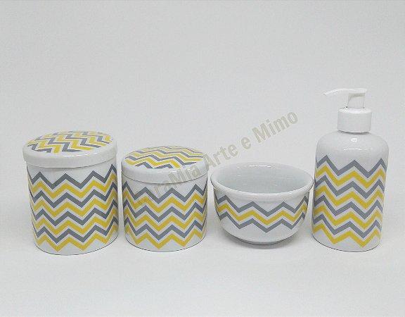 LIQUIDAÇÃO Kit Higiene Bebê Porcelana| Chevron Amarelo e Cinza| 4 peças