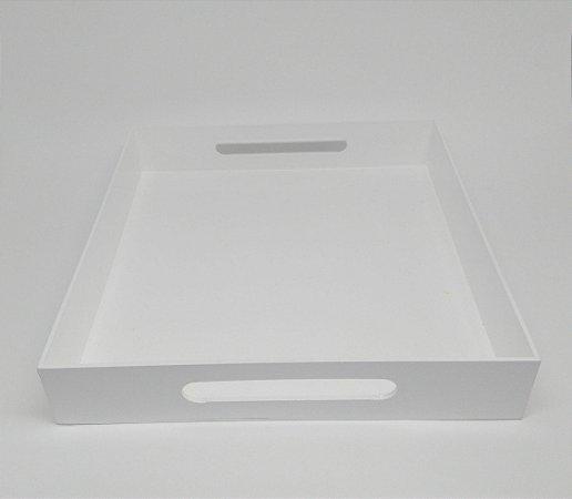 Bandeja MDF Branca Quadrada para Kit Bebê e para Garrafa 29 por 29 cm
