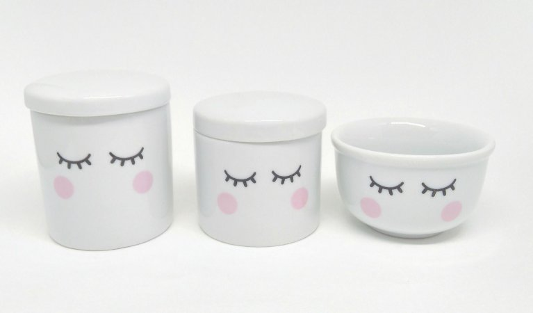 Kit Higiene Bebê Porcelana Olhinhos Cílios 3 peças