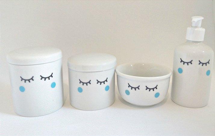 Kit Higiene Bebê Porcelana Olhinhos Cílios| Bochechas Azuis | 4 Peças