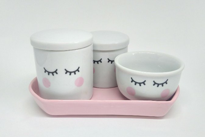 Kit Higiene Bebê Porcelana | Olhinhos com Bandeja Nuvem Rosa |