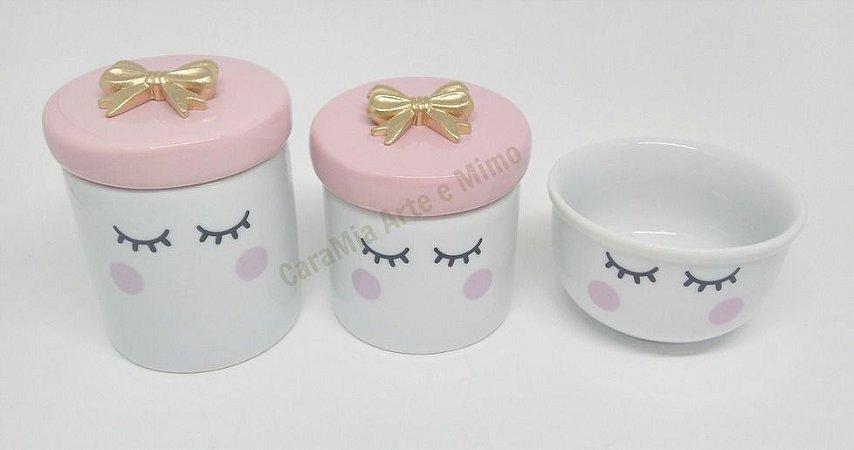 Kit Higiene Bebê Porcelana | Olhinhos Cílios  Com Lacinho Dourado| 3 peças