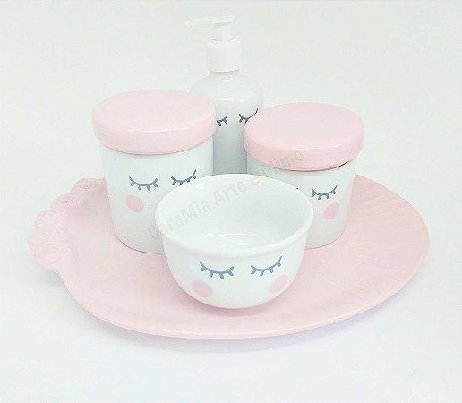 Kit Higiene bebê Porcelana Olhinhos Cílios com Tampa Rosa Bebê Lisa| 5 peças