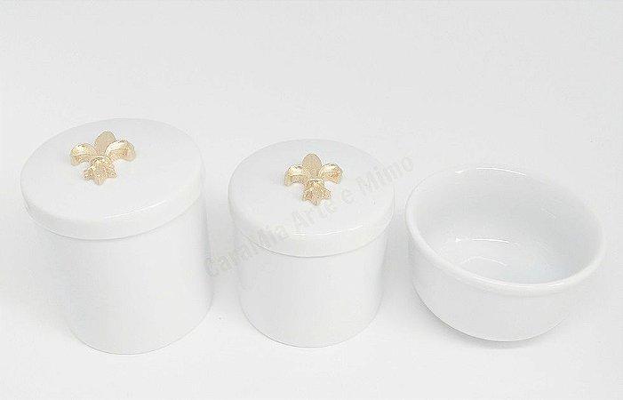Kit Higiene Bebê Porcelana | Flor de Lis em Dourado| 3 peças