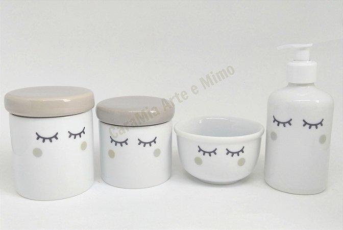 Kit Higiene Bebê Porcelana Olhinhos Cílios | Bochechas Cinzas| 4 peças